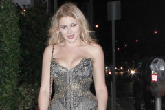 renee-olstead-pierced-nipple-1023