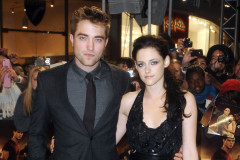 robert-pattinson-kristen-stewart-1016