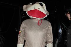 sacha-baron-cohen-monkey-1031