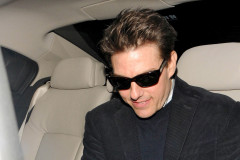 tom-cruise-scotts-1025