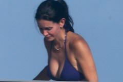 courtney-cox-bikini