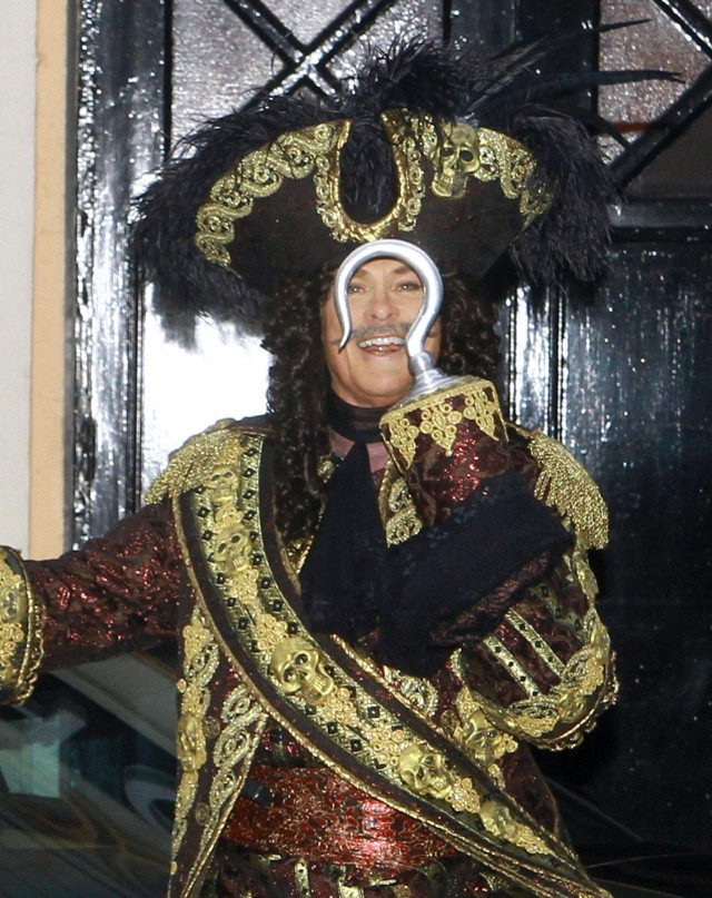 David Hasselhoff Is Captain Hook