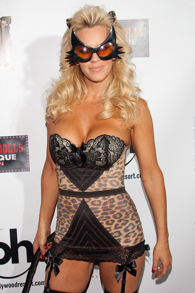 Jenny McCarthy Celebrates Halloween And Her Birthday At Gallery Nightclub