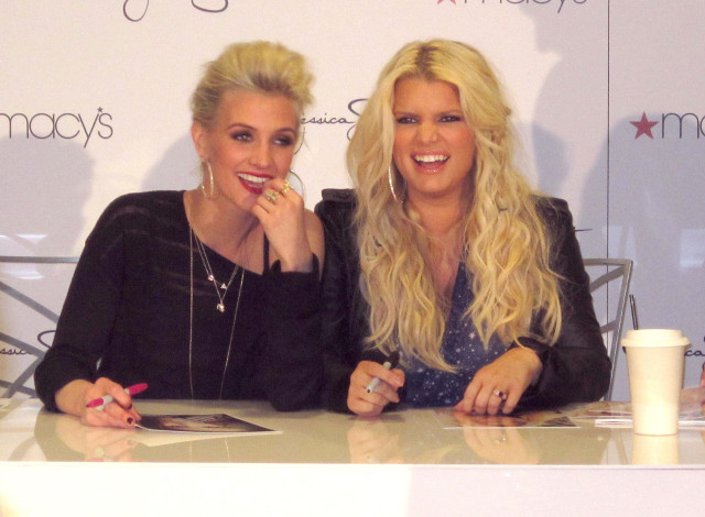Jessica & Ashlee Simpson Instore Signing At Macy's