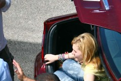 Abigail Breslin On Set Of Her Newest Film 'Hive'