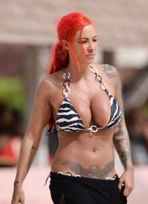 Jodie Marsh Gets A Tan For Christmas