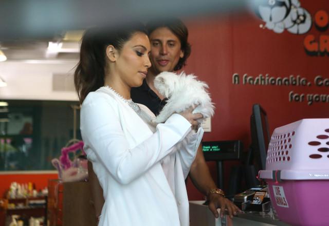 Kim Kardashian's Kitty Mercy Has Passed Away ***FILE PHOTOS***