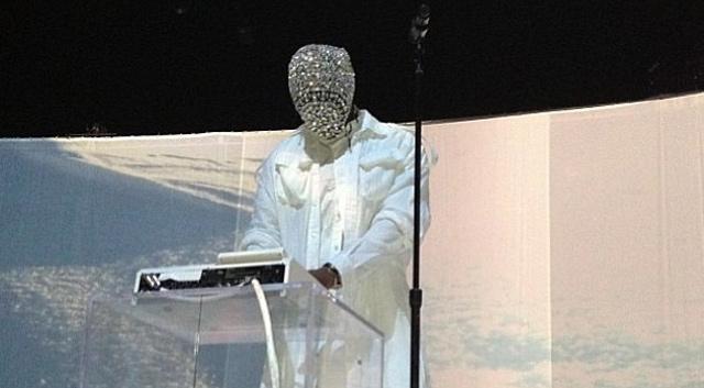 kanye-west-crystal-mask
