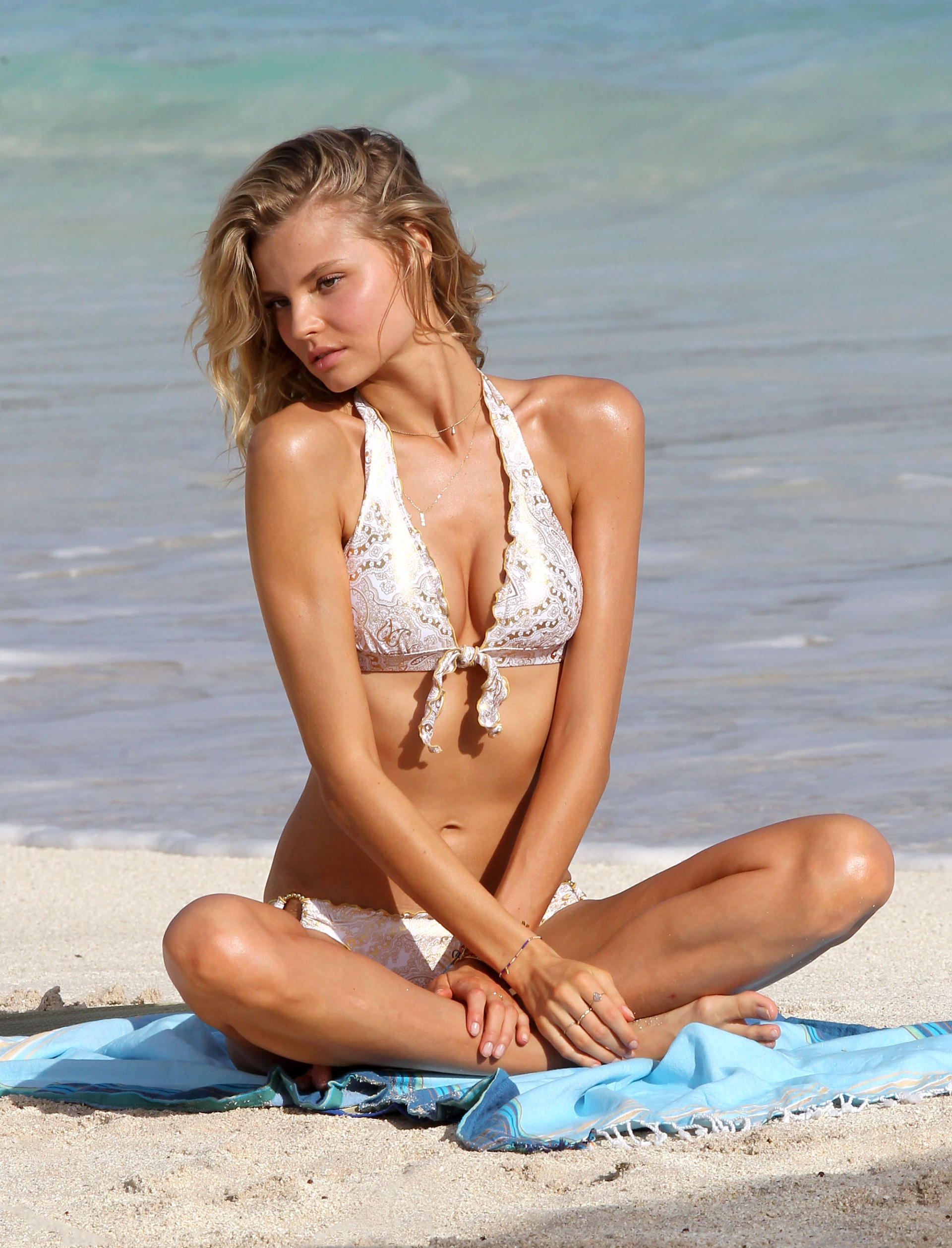 Magda 01 vacation italy bibione - 1 part 2