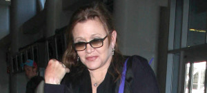 carrie-fisher-airport
