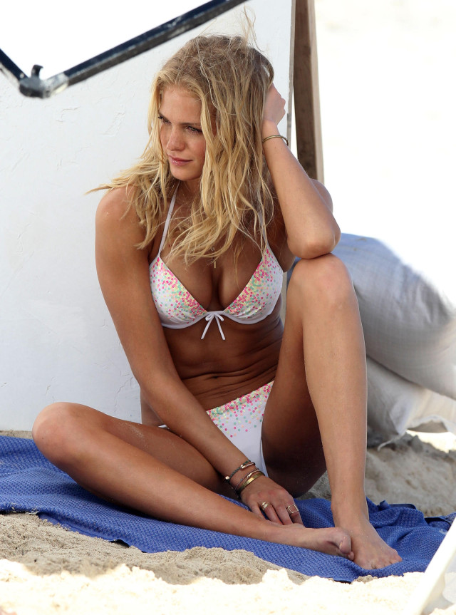 Emmanuelle Chriqui Ass