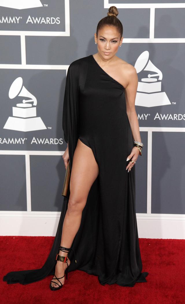 Дженнифер Лопес/Jennifer Lopez - Страница 5 Katy-jennifer-grammys-01-640x1048
