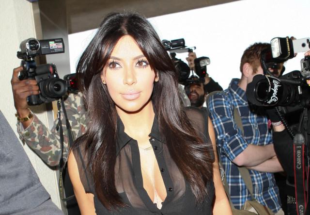 kim-kardashian-sheer-lax