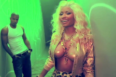 nicki-minaj-pasties-video