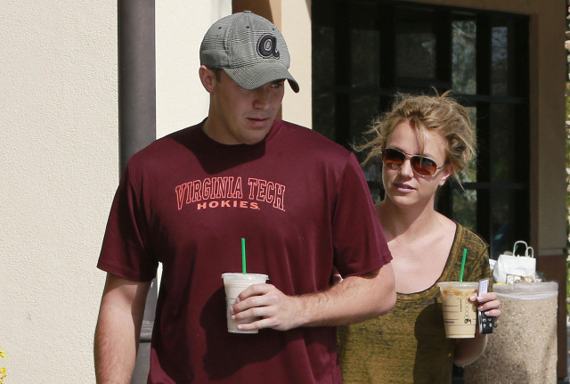 britney-spears-david-lucado-starbucks
