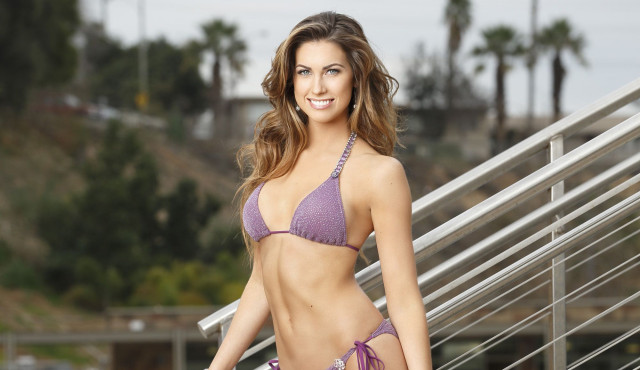 katherine-webb-splash-cut