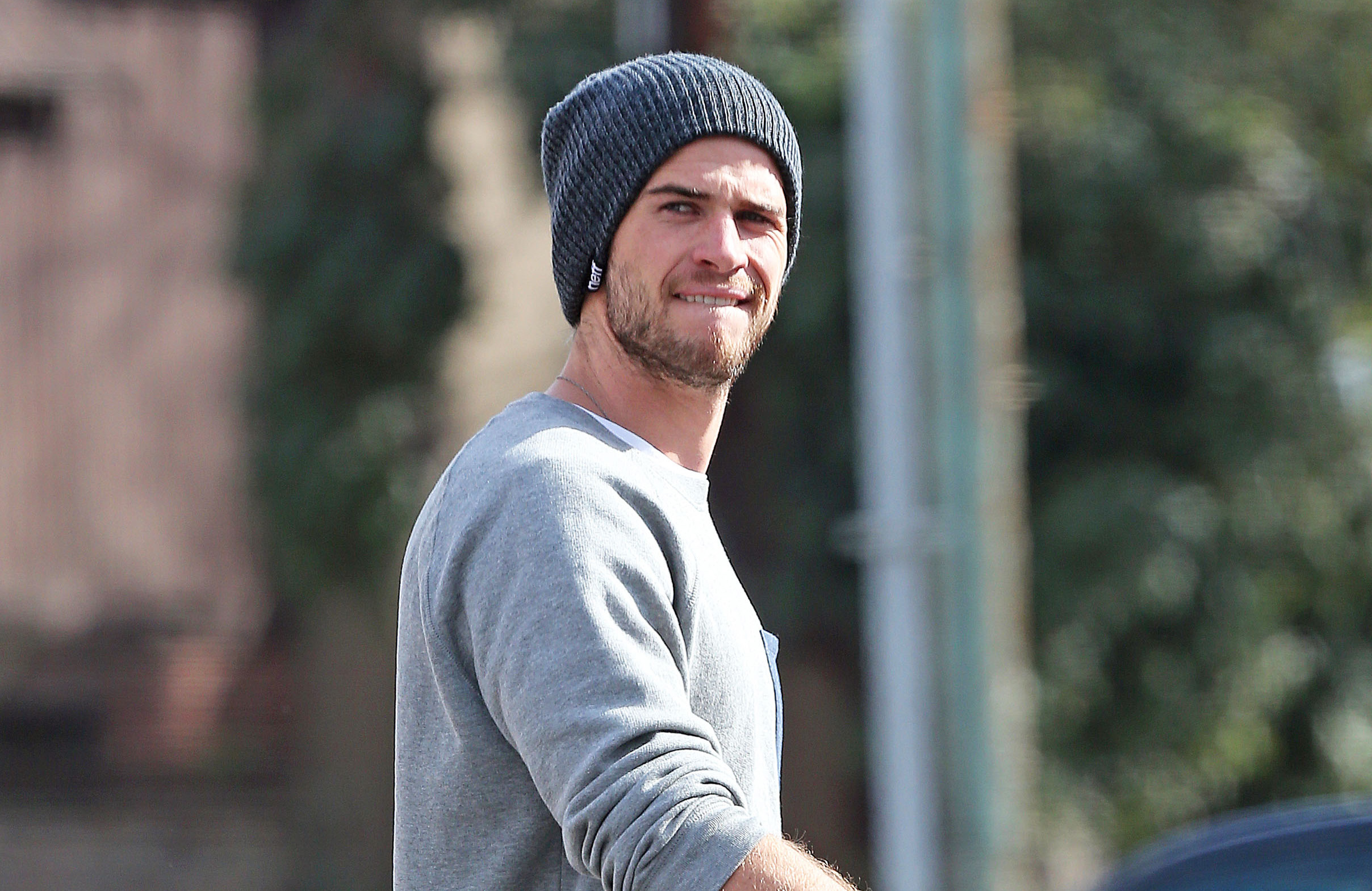 liam-hemsworth-studio-city