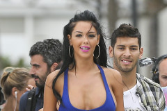 Nabilla Benattia Films in Miami