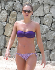 Jessica Alba & Cash Warren Hit The Beach In St. Barts