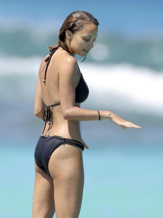 Nicole Richie Bikini Bodies Pic 23 of 35