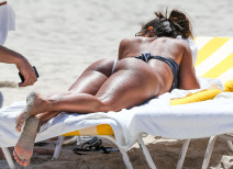 Vida Guerra Shows Off Her Bikini Body In Miami