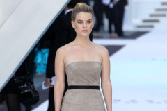 alice-eve-star-trek-premiere