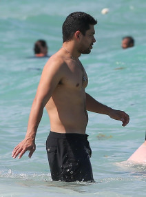 Wilmer Valderrama Spends The Day On The Beach