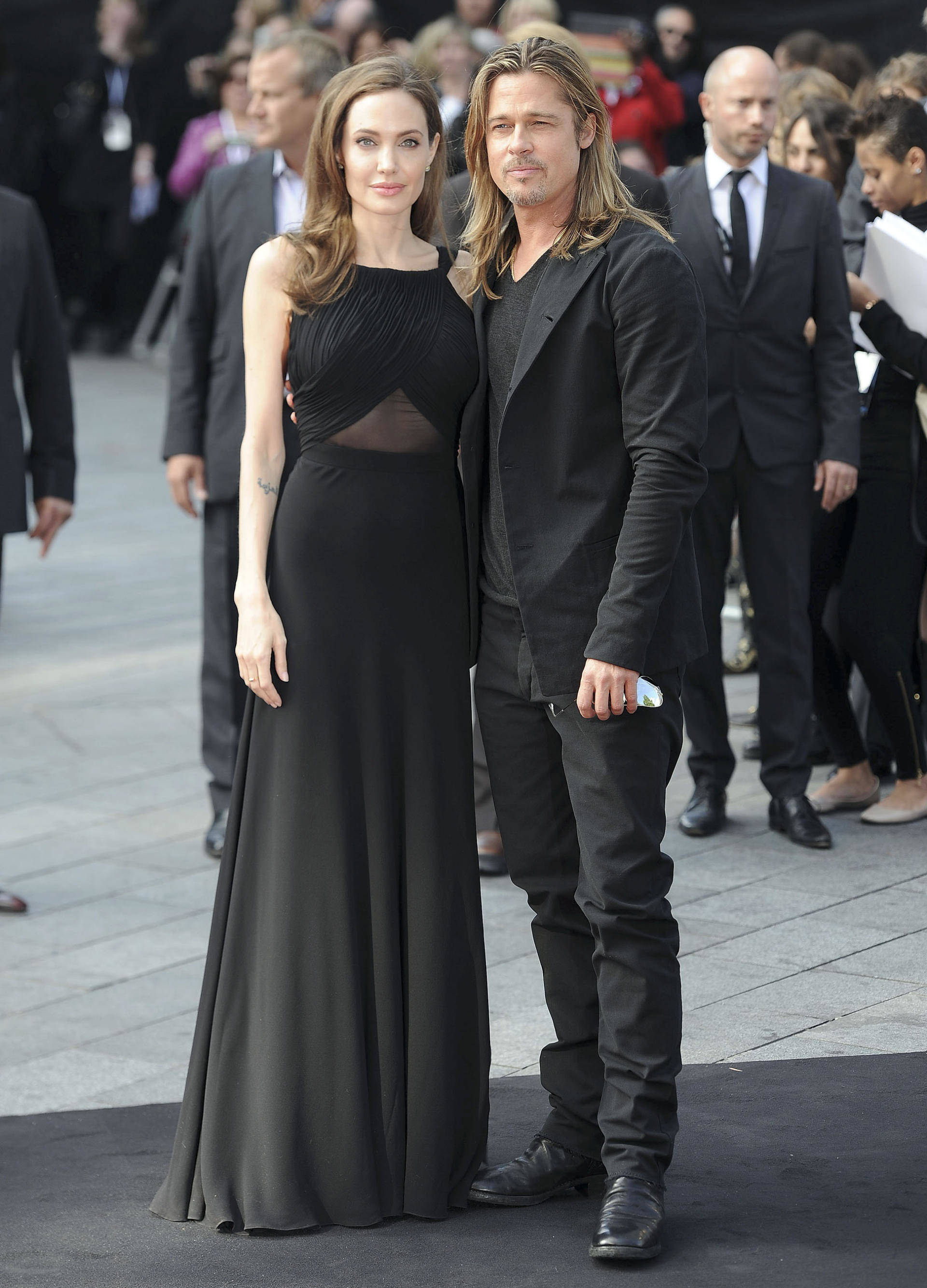 brad pitt and angelina jolie at the world premiere of