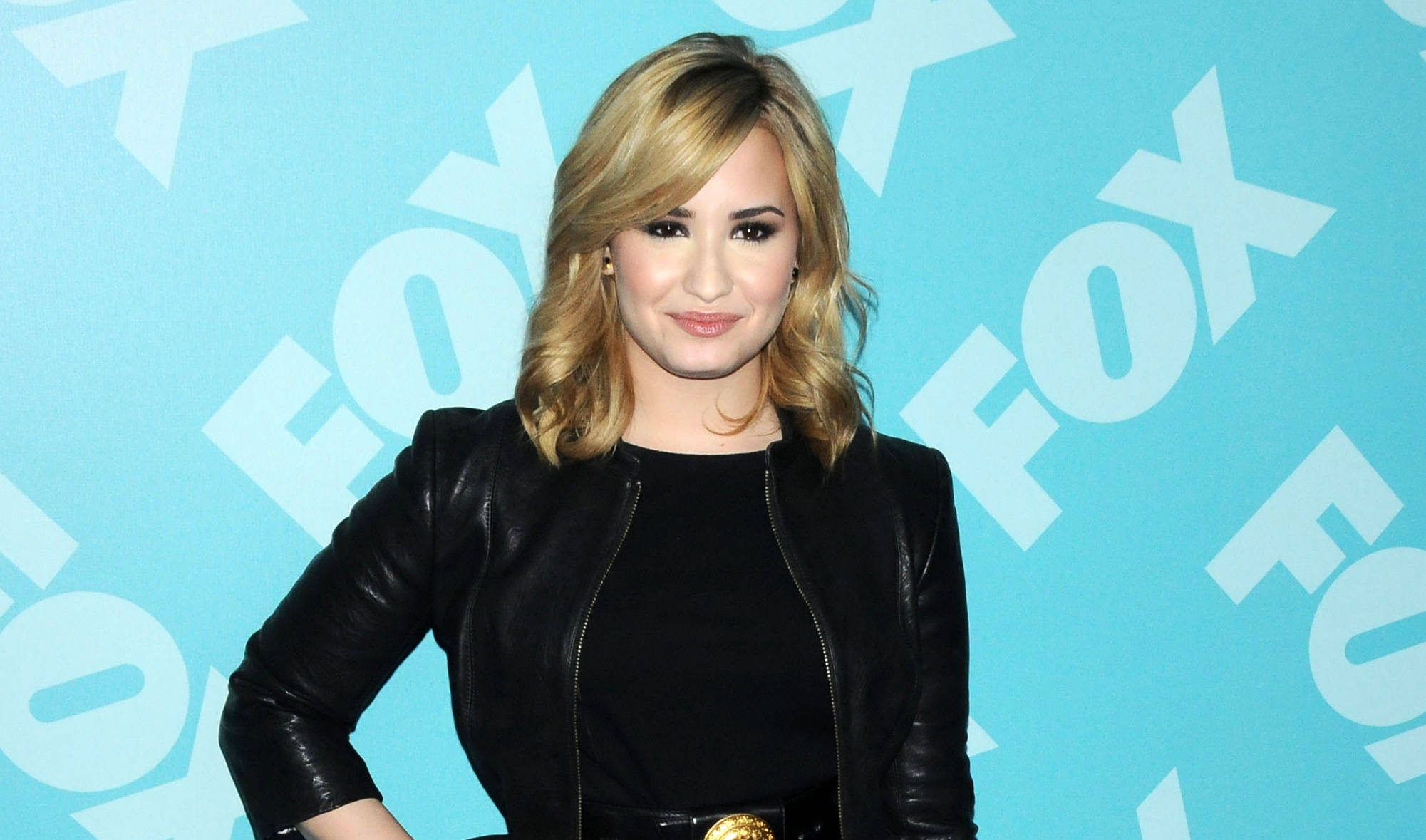 Demi Lovato's Mother Made Her Swear She Wouldn't Kill ...