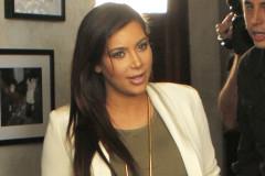 kim-kardashian-beverly1