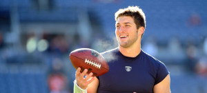 tim-tebow-football-grr