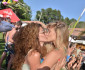 bar-refaeli-girl-kiss