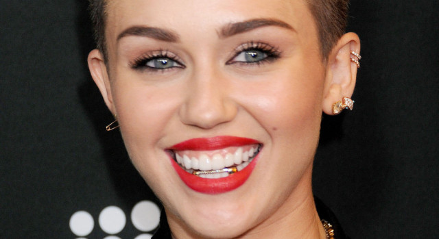 miley-cyrus-grill