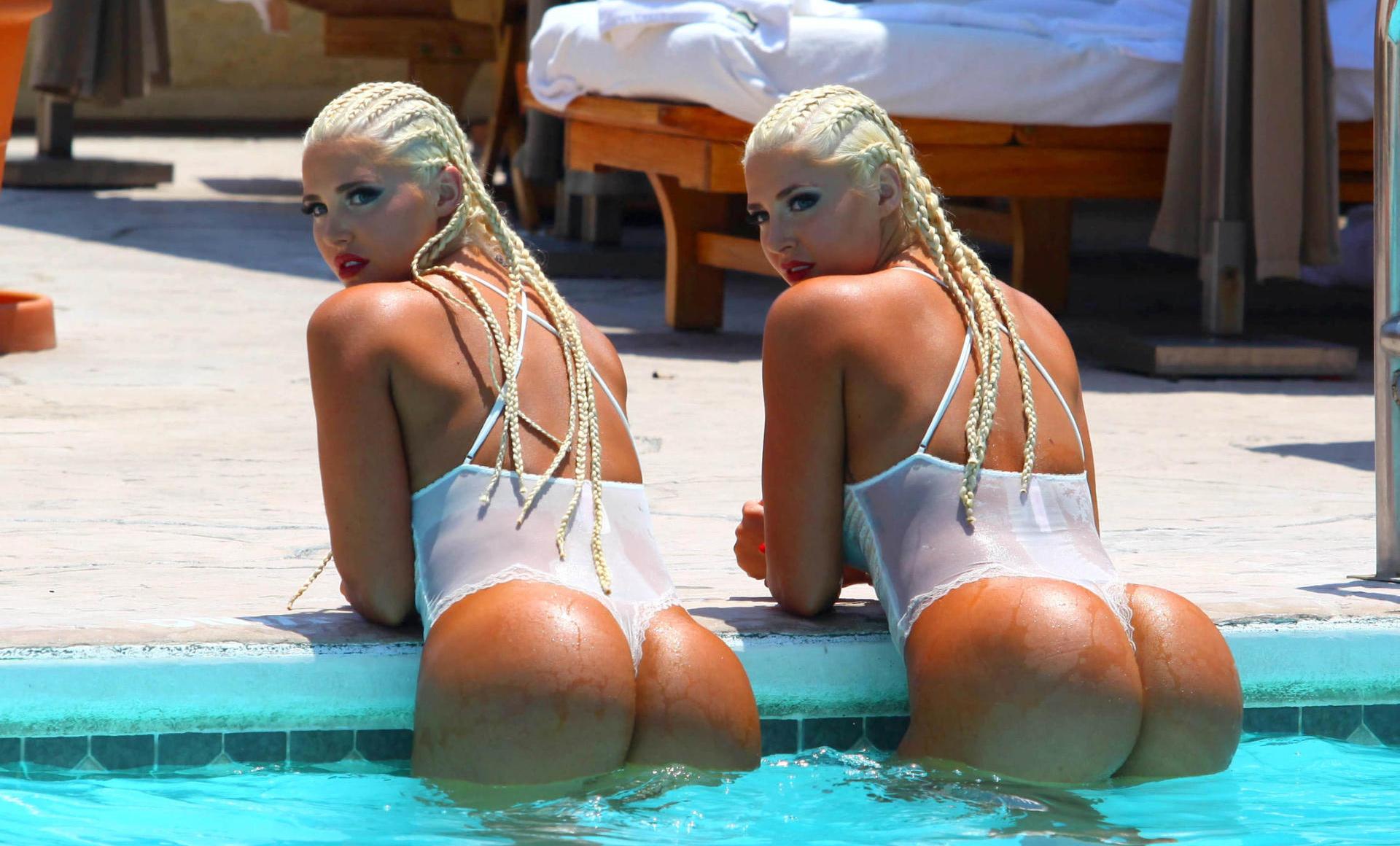 shannon-twins-bikinis