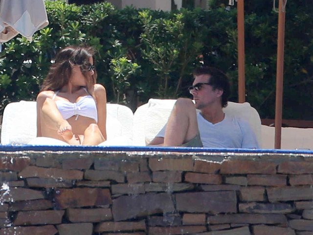 Another day another bikini for kate beckinsale in mexico 151667 photos the blemish - Kate beckinsale pool ...