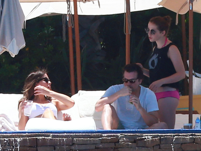 Another day another bikini for kate beckinsale in mexico 151675 photos the blemish - Kate beckinsale pool ...