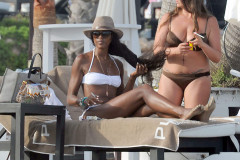 Naomi Campbell Showing Off Her Bikini Body In Marbella