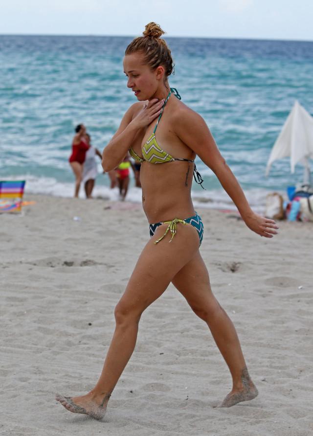Hayden Panettiere Spends Labor Day Weekend In Miami ... Hayden Panettiere