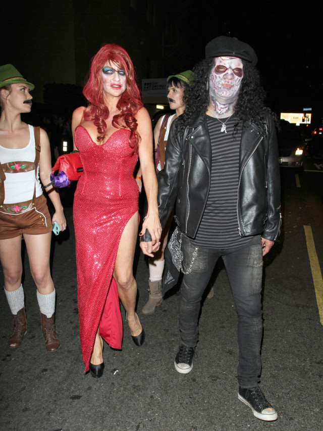 slash is a zombie in hollywood 171001 photos the blemish