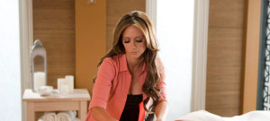 jennifer-love-hewitt-massage