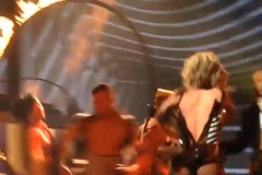 britney-spears-wardrobe-malfunction-05