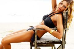 jessica-hart-bikini