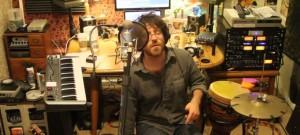 Elijah Aaron covers TLC's NO SCRUBS - LIVE LOOPING