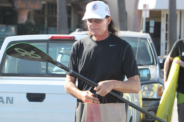 bruce-jenner-surf-shop