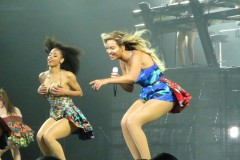 Beyonce Performs Live In Glasgow