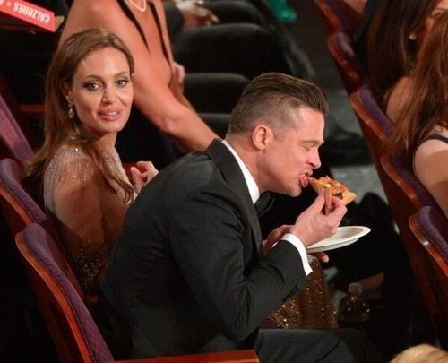 brad-eat-pizza