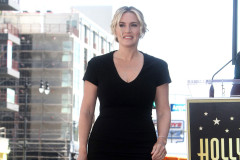 kate-winslet-walk-fame
