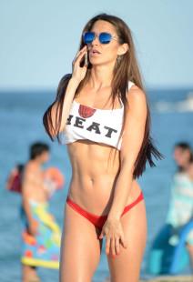 Anais Zanotti Turns Up The Heat