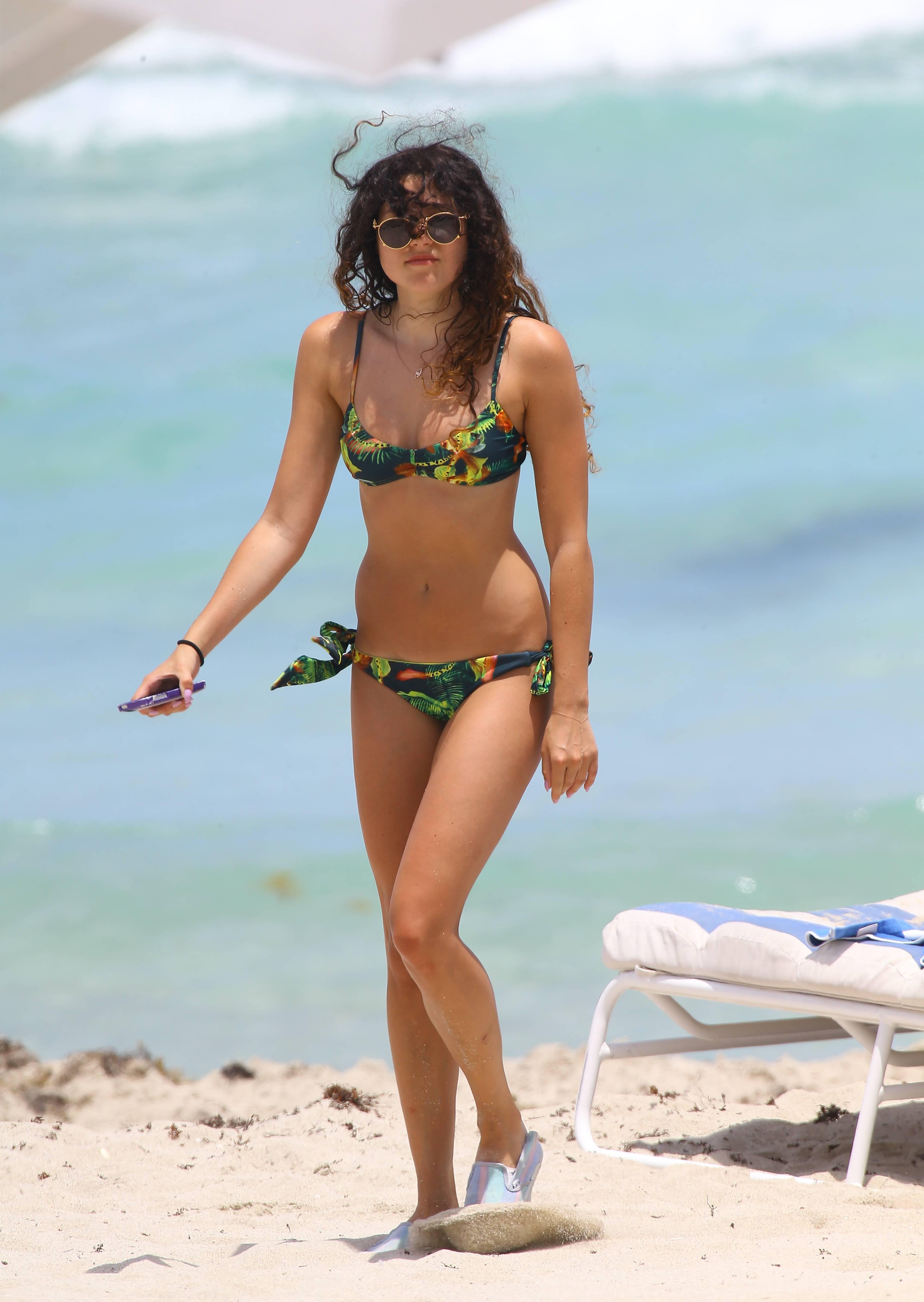 Bikini Eliza Doolittle nudes (94 photos), Ass, Hot, Feet, cameltoe 2017