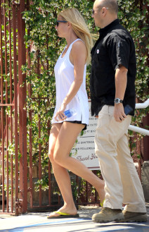 Gwyneth Paltrow And Son Moses At The Brentwood Country Mart